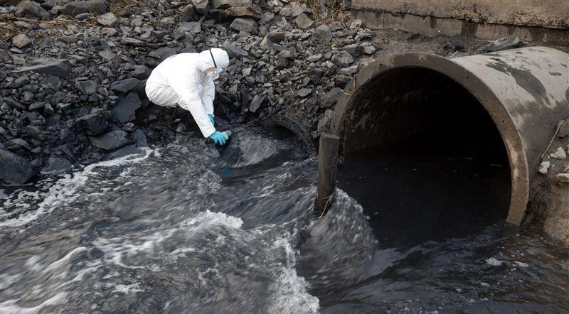 riesgos consumo agua foto bosstech
